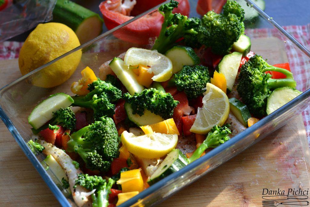 Dorsz zapiekany z warzywami